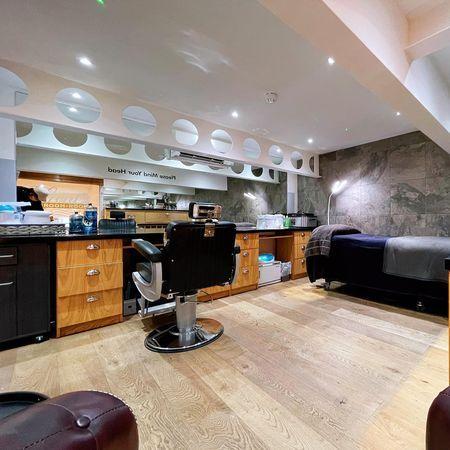 Gent's Groom Room Ltd